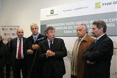 Da sinix: l'Ad di Trenitalia LeNord, Giuseppe Biesuz, Formigoni, Bonomi, il presidente di Fnm Norberto Achille, Cattaneo.